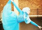 Девочка хочет стать первой балериной в ...