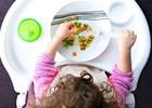 Как накормить ребенка без слез