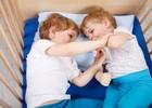 Ночное веселье близнецов стало хитом